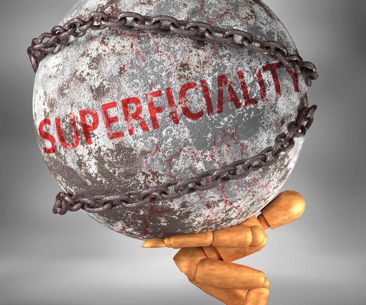 Superficialità